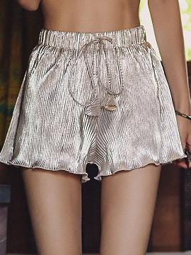 Cintura alta de plata plisada Detalle Frill Trim Chic mujeres pantalones cortos