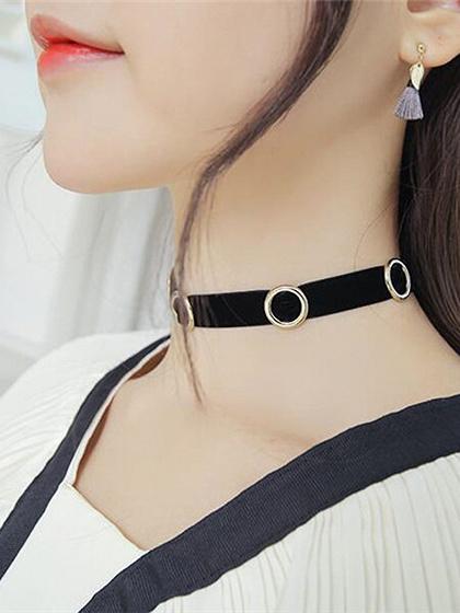 Black Velvet Circle Detail Choker Necklace