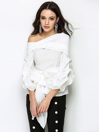 Blanco Un hombro pajarita frente manga larga blusa