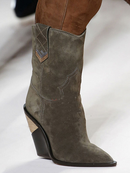 Army Green Microfiber Gap Detail Pointed Toe Chic Women Heeled Boots