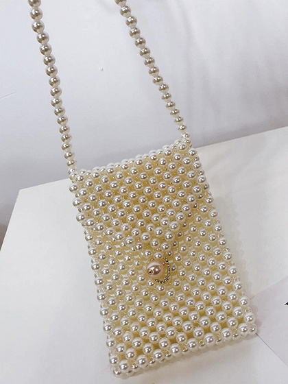 White Triangle Lid Pearl Cross Body Bag