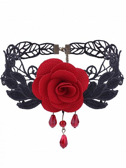 Red Floral Embellished Lace Necklace