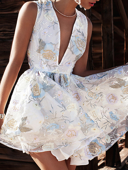 White Plunge Floral Print Sleeveless Mini Dress