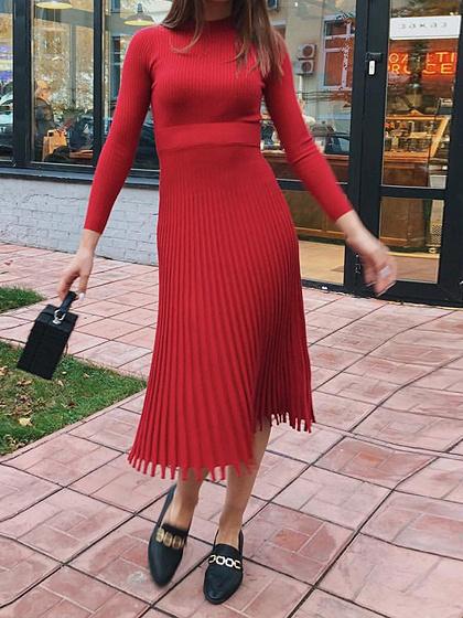 Red Pleated Detail Long Sleeve Midi Dress