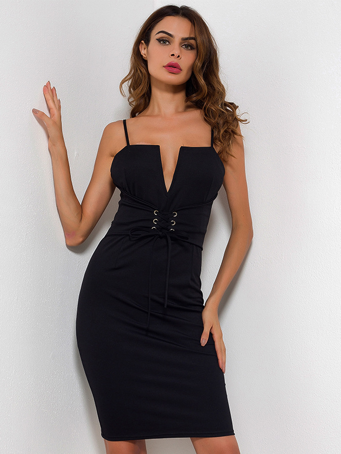 Black bodycon dress v neck with hat marcus